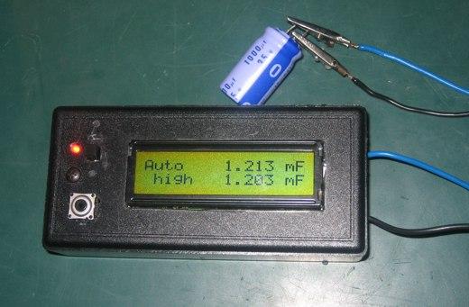 AVR capmeter measuring 1000 uF electrolyte