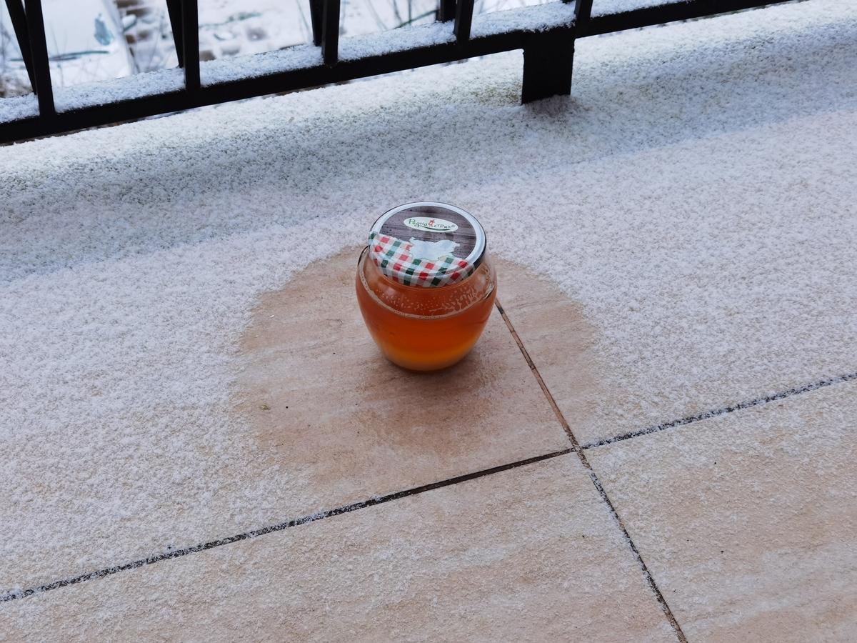 cooling a jar of ghee